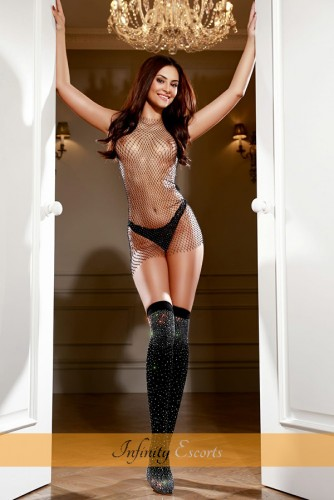 London Escort Kristal image 7