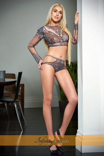 London Escort Paloma image 7
