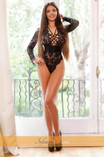 London Escort Peggy image 2