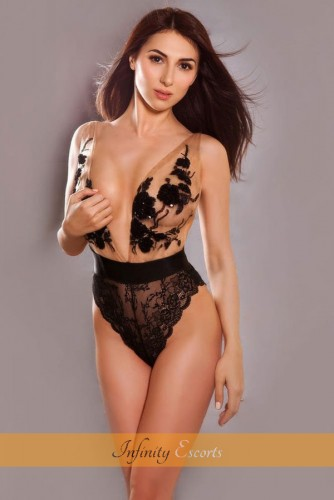London Escort Teresa image 1