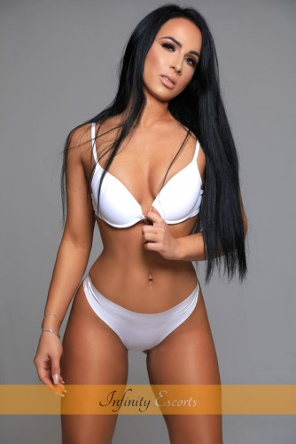 London Escort Zenaida image 3